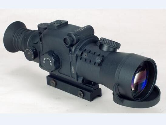 准三代昼/夜两用热成像瞄ARES  DN650G