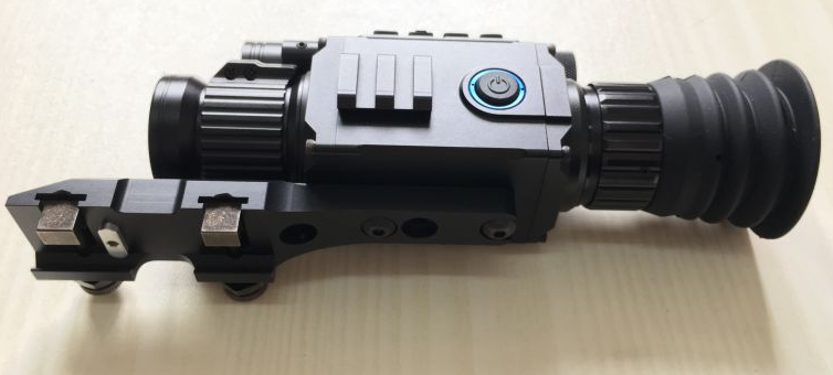PARD普雷德NV008一体夜视仪瞄准镜 4
